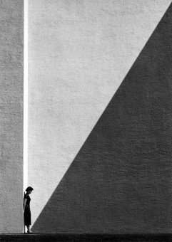 Fan Ho – Approasching Shadow – 1954